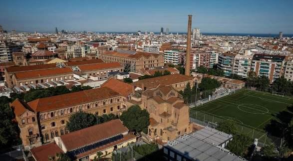 Il complesso de la Escola Industrial a Barcellona.