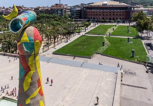 Il parco Joan Miro, il cui vero nome è Parco dell'Escorxador, si trova nei pressi di Plaza de España.